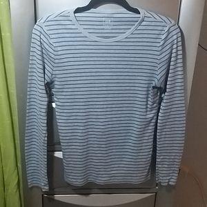 💥3X$15💥Gap Striped Long Sleeve Tee Size M